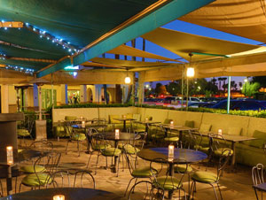 Enjoy Dining Alfresco For Both Lunch And Dinner On Veneto Trattoria S Lovely Umbrella Shaded Patio The Beautiful Weather Of Desert Southwest